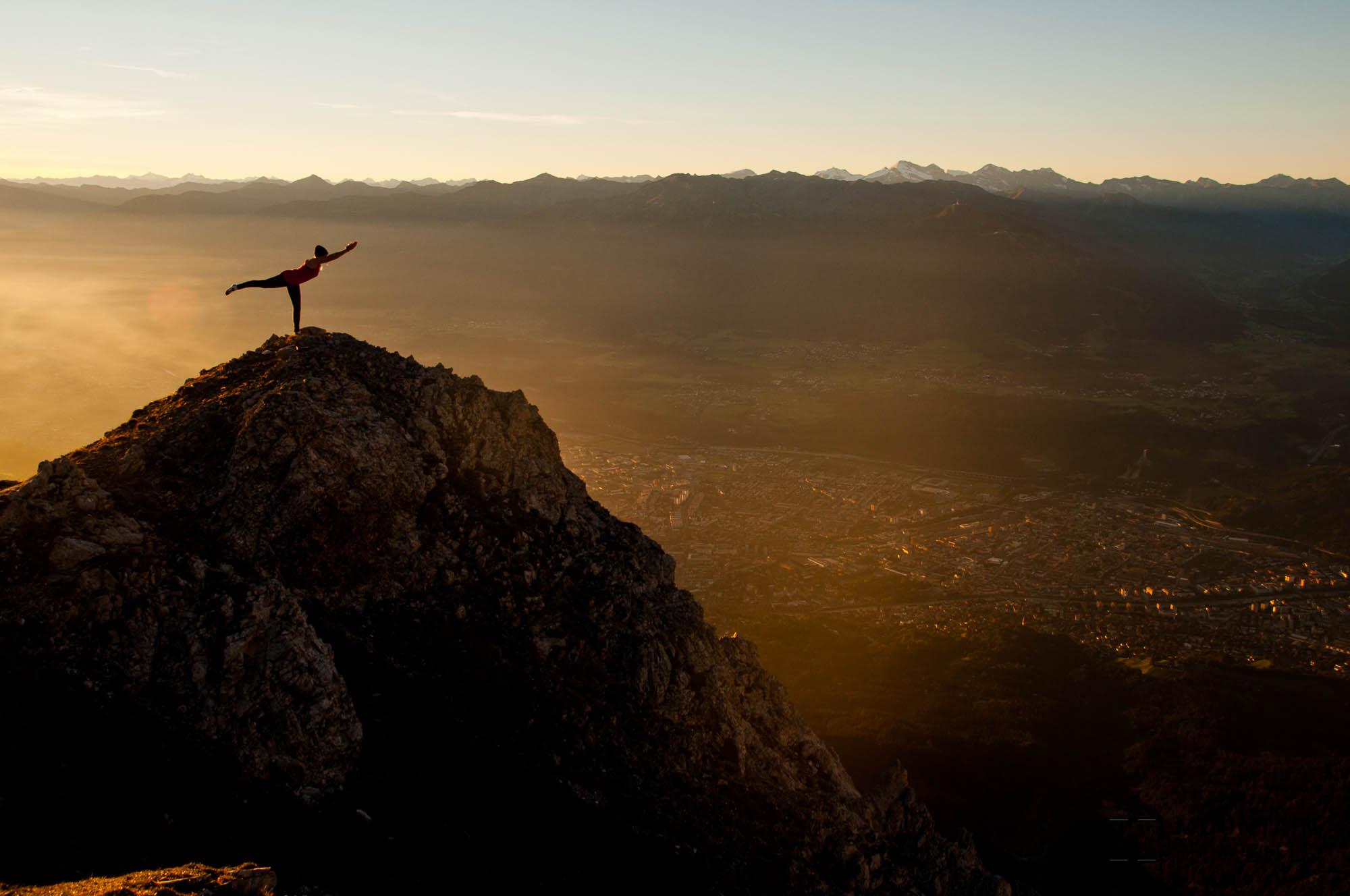 innsbruck views, innsbruck aussicht, innsbruck yoga, alpen yoga, alpen fotografie, fotografie workshop, fotografie workshop alpen, fotografie workshop tirol, fotografie workshop berge,