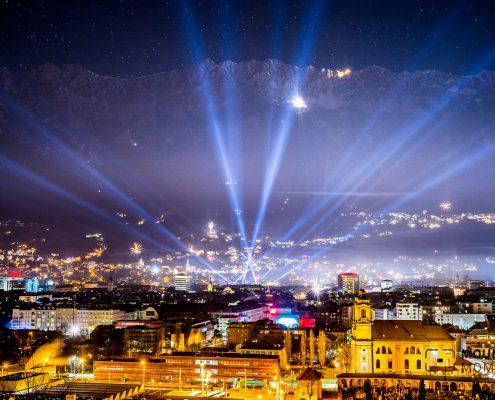 Bild des Monats, picture of the month, Januar Bild january picture, new years eve, new year innsbruck, innsbruck new year, firework, firework innsbruck, feuerwerk innsbruck, innsbruck feuerwerk, Neujahr Innsbruck, Innsbruck Neujahr, Feuerwerk Innsbruck Bild