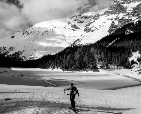 You don't need this fancy new camera, skitour photography, skitour tirol, skitouring tyrol, photography skitour, outdoor photography, smartphone photography