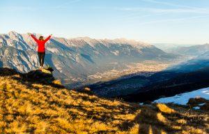 landschaftsfotografie, aussichtsberge innsbruck, landschaftsfotografie, ausblick nordkette, ausblick innsbruck,sonnenaufgangstour, aussichtspunkt innsbruck, bergtour innsbruck, bergwanderung innsbuck, bergout tirol, sonnenaufgangstour tirol, sonnenuntergangstour tirol, bergtour foto, bergfotografie, bergfotografie tirol, fotospot, fotopoint, innsbruck views, aussichtsberge tirol, bergtour serles, wanderung rosskogel, wanderung glungezer,