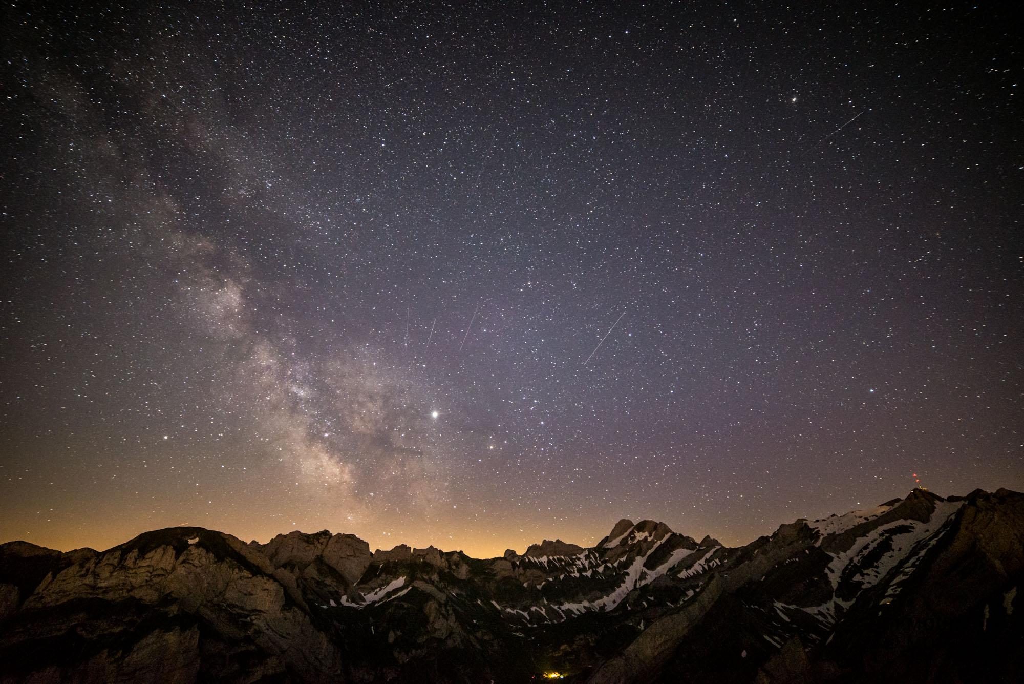alpstein, wandern alpstein, wanderung alpstein, wandern schweiz, fotospot schweiz, fotografieren wandern schweiz, fotokurs schweiz, säntis, atrsofotografie schweiz, fotoworkshop astrofotografie, foto milchstraße alpen