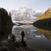 pragser wildsee, lago di braies, lago di instagram, fotospot, bootshaus, dolomiten